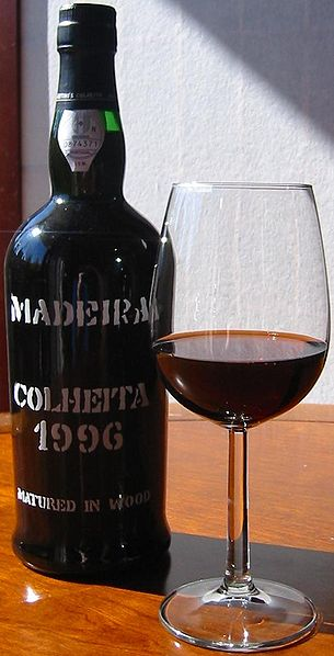 Madeira bottle by Dgies